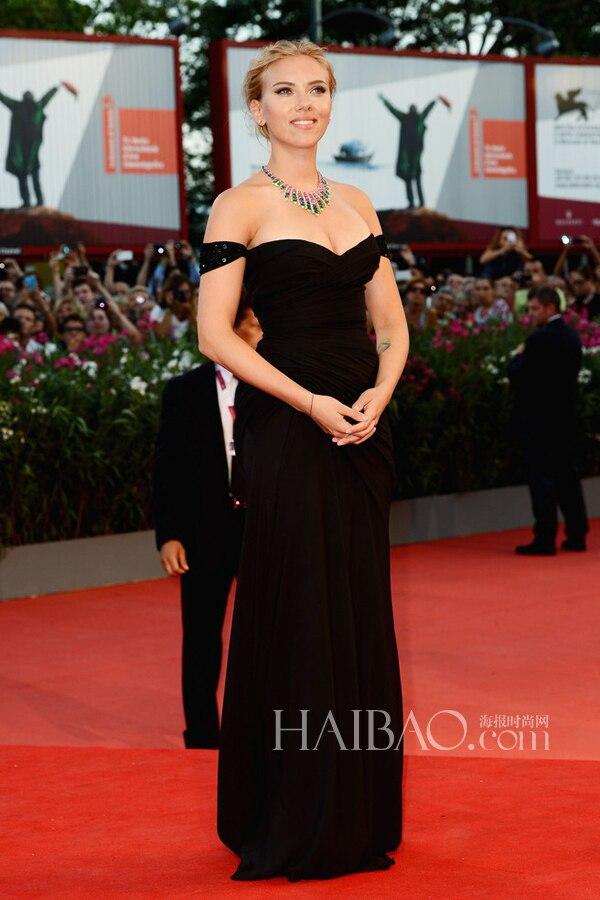 Hollywood Actress Scarlett Johansson Same Paragraph Film Festival