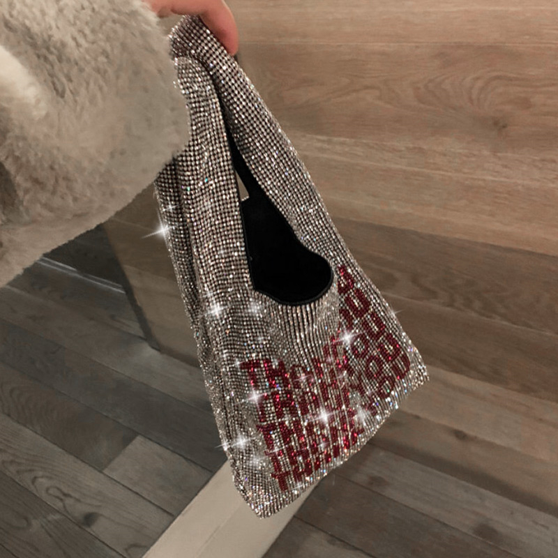 Luxury Handbag 2019 New Design Fashion Shiny Diamond Letters Tote Bag Girls Evening Party Bag Fashion Casual Handbags Purse
