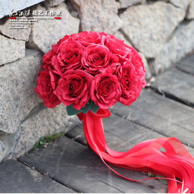 Luxury red artificial roses bride bouquet for Brides Ribbon Flower Girl Bouquet  Natural spring silk Wedding Bouquet  A038