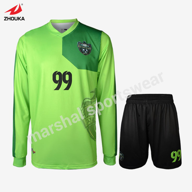 299ab7bcc15 China wholesale quick dry 100%polyester long sleeve soccer uniform for  men