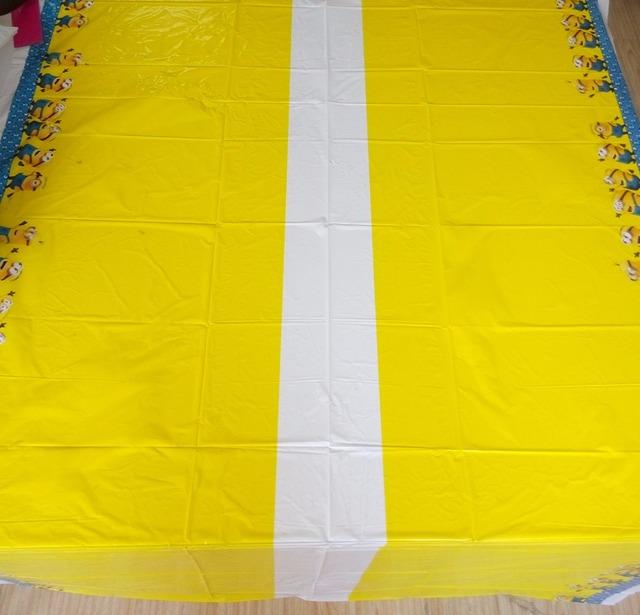 Minions Design Tablecloth