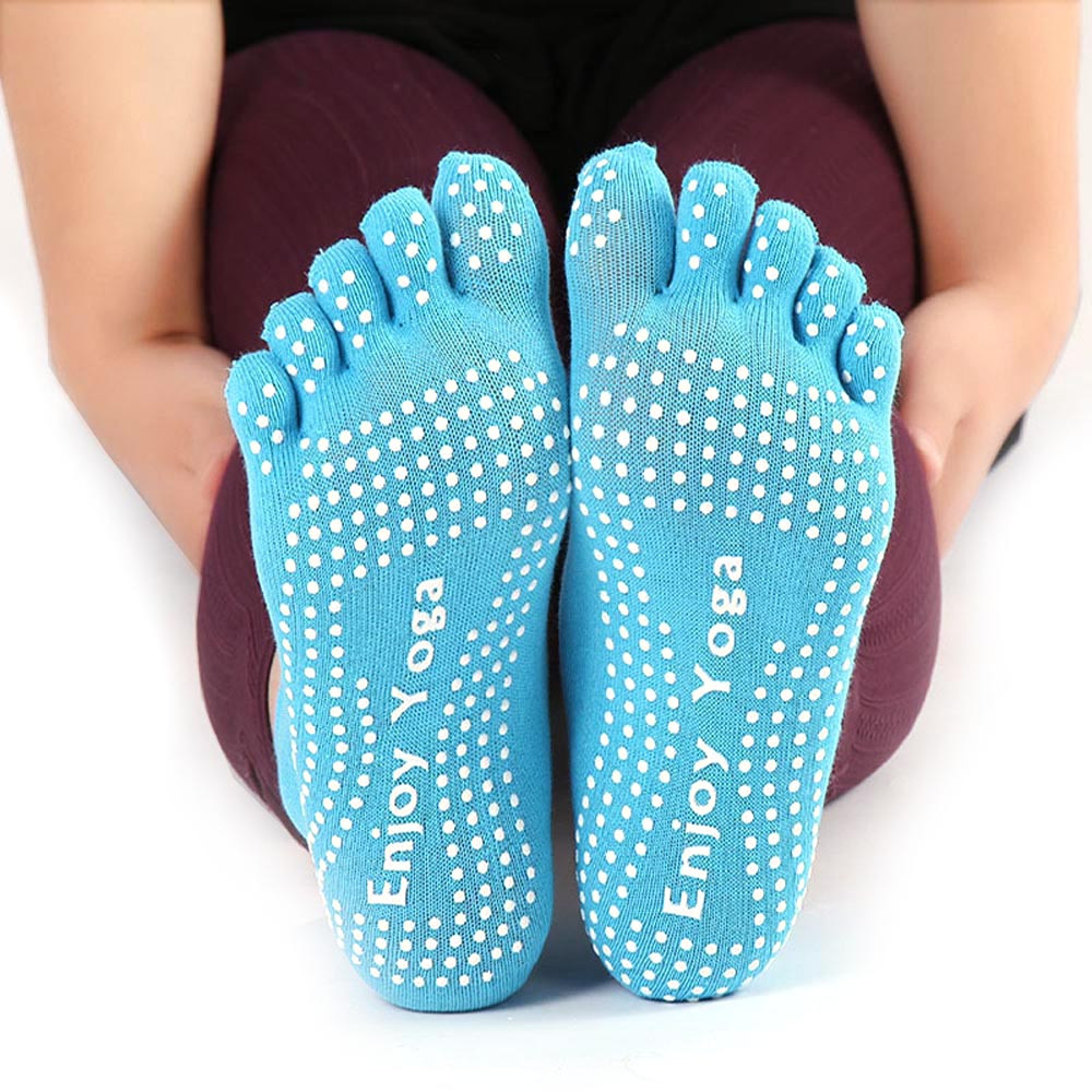 2018 New Womens Cotton Colorful Yoga Gym Non Slip Massage Toe Socks Full Grip With Socks Heel