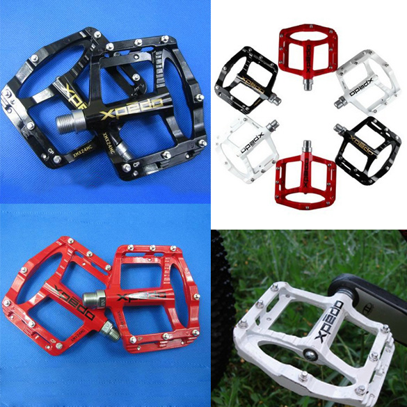One Pair Bicycle Pedals Magnesium Alloy Mountain Road Bike Pedals MTB Bike Bicycle Pedal Bearing Foot Bike Parts rockbros 9 16 magnesium alloy bicycle pedal titanium spindle ultralight mountain bike pedal 5 colors