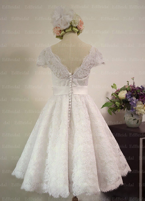Finest Buy Vintage S Style Lace Tea Length Wedding Dress With Cap Sleeves Real Sample Gown From Reliable Gangster Suppliers On