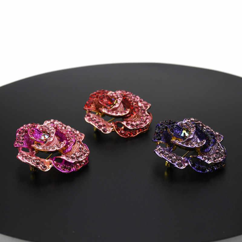 2019 トレンディな赤、ピンク、紫ラインストーンブローチクリスタル大ブローチ女性のチャーム女性合金ピンの宝石類のギフト