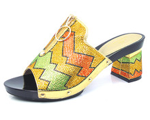 Wholesale price Italian lady shoes with rhinestones African ladies sandals for party Christmas size 37 43