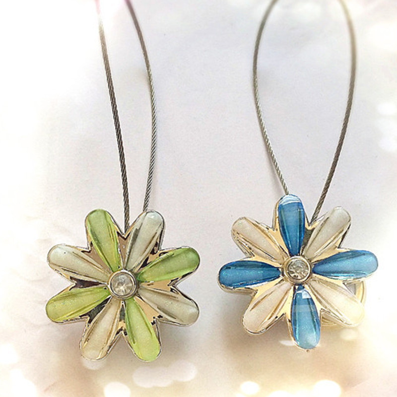 √Magnetic Curtain Clips Crystal Flower © Blue Blue Green