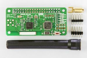 Image 1 - האחרון V1.7 Jumbospot UHF VHF UV MMDVM Hotspot עבור P25 DMR YSF DSTAR NXDN פטל Pi אפס 3B + מקורי TCXO + המשולב אנטנה