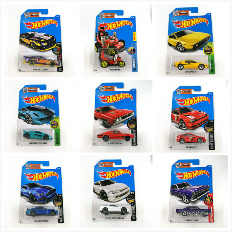 Hot Wheels 1:64 Sportbil 2016 Set Metal Materiale Body Race Car ASTON - Legetøjsbiler