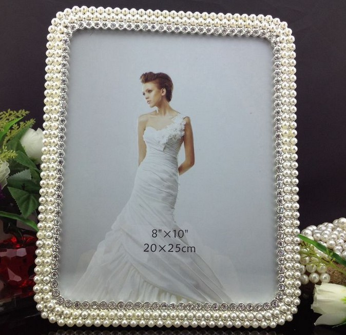 wholesale 10 pieces lot 8x10 pearl rhinestone picture frames bulk wedding favors sf 1200058 in. Black Bedroom Furniture Sets. Home Design Ideas