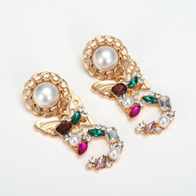 2019 Fashion style big statement drop dangle crystal Earrings for woemen 5 Digital baroque pearl butterfly cc earrings
