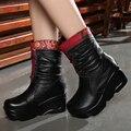 Nueva Llegada de La Manera de Las Mujeres de Invierno Botas de Cuero Genuino Hecha A Mano de La Vendimia antideslizantes Martin Botas Cuñas Zapatos de Mujer