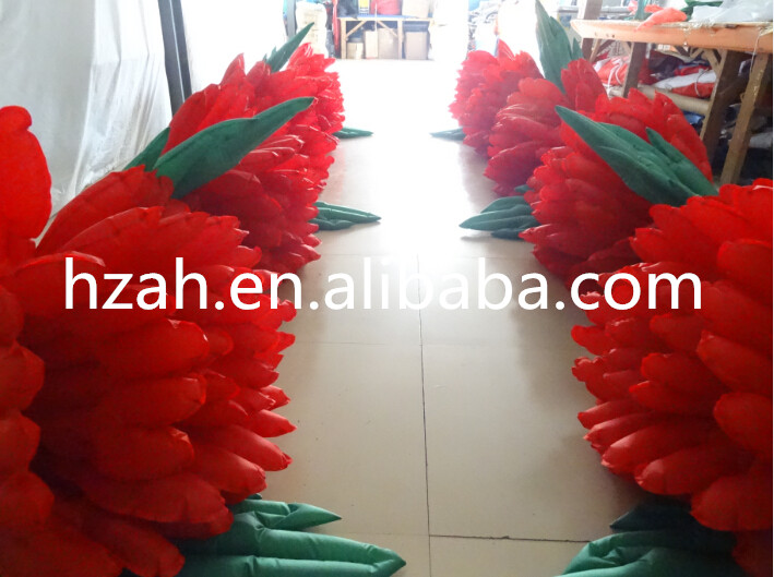 купить New Design Red Inflatable Flower /Long Wedding Inflatable Flower по цене 20399.25 рублей