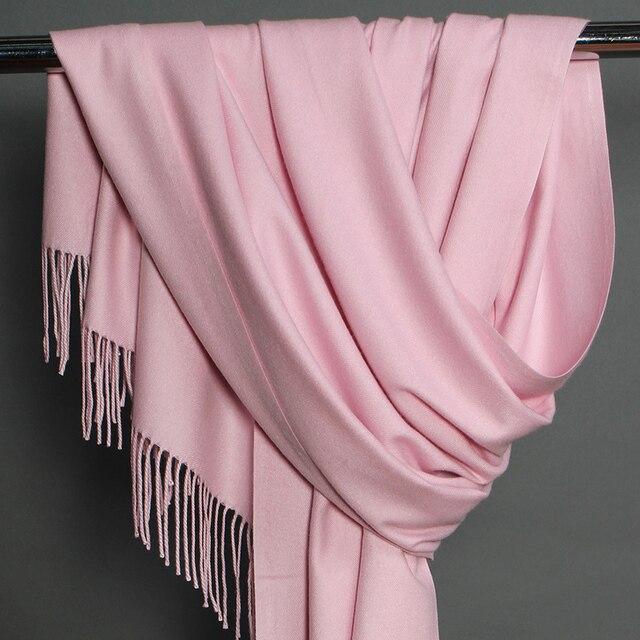 2018 otoño y el invierno nueva moda para mujer del Color del caramelo niñas bufanda Pashmina sólido barato artificial Cachemira bufandas al por mayor