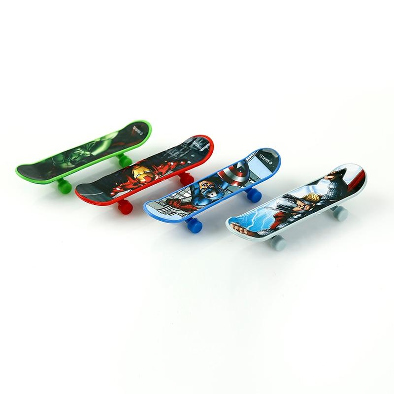 Disney 4pcs/Set Novelty Marvel Avengers Age Ultron Kids Sport Game Mini Speed Finger Skateboards Toy For Children Birthday Gifts