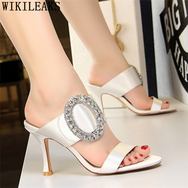 2019 ladies slippers and sandals shoes woman slippers women luxury shoes  women designers sandals rhinestone heels women shoes aa5830bb9c4d
