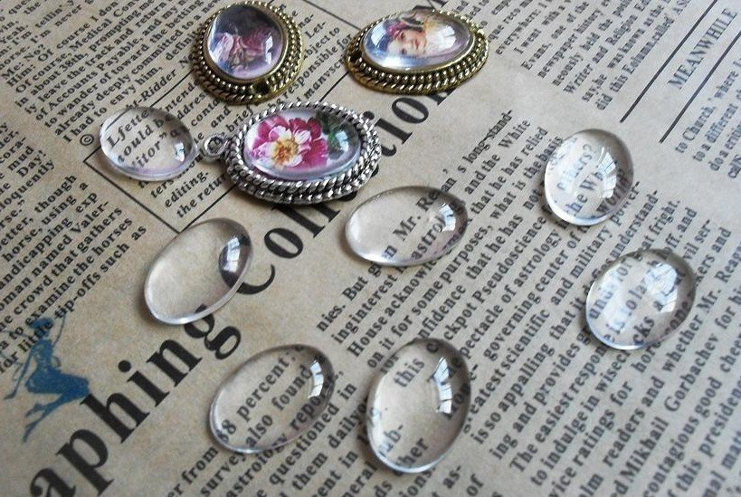200pcs Clear Glass Oval Cabochon Cab 13x18mm Transparent Oblate Dome Cameo perfect condition