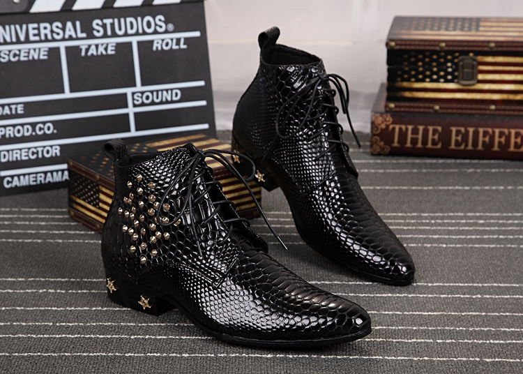 British Style Snake Leather Boots for Men Rivets Low heels Lace up Mens Groom Wedding Boots Genuine leather Plus Size 37-46British Style Snake Leather Boots for Men Rivets Low heels Lace up Mens Groom Wedding Boots Genuine leather Plus Size 37-46