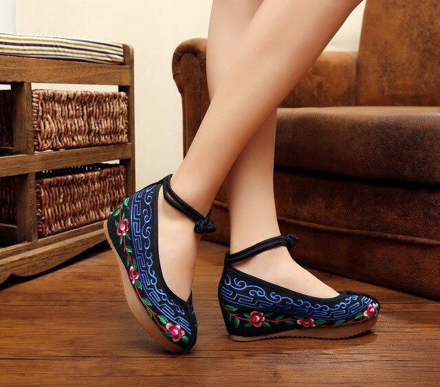 Novos 2017 Designer de Sapatos Femininos de Salto Alto Moda Bombas de Plataforma Sapatos de Cunha Mulheres Bordado Lona Ocasional SMYXHX-C0012