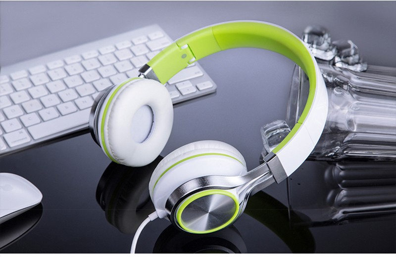 headphones8_04
