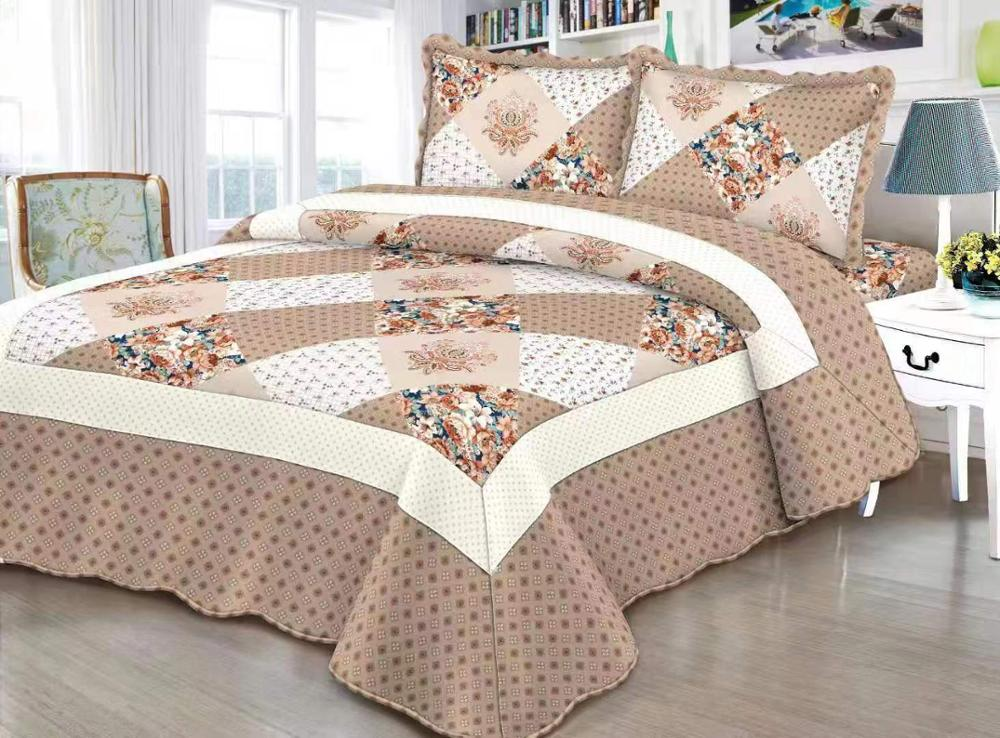 Comfortable high-grade cotton bedding quilted bed cover 220 * 240 double bed floral mosaic coffee bed coverComfortable high-grade cotton bedding quilted bed cover 220 * 240 double bed floral mosaic coffee bed cover
