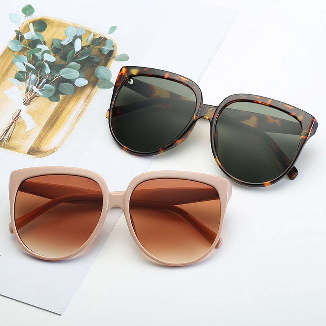 Vintage  Women Cat eye Sunglasses Gradient Glasses Retro Sun glasses Female Eyewear UV400