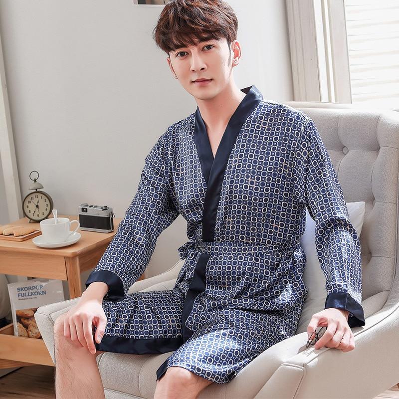 Navy Blau Robe Kleid Rayon Nachtwäsche Lounge Nachtwäsche Männer Kimono Bademantel Sommer Hause Kleidung Casual Negligé Pyjamas One Größe Aromatischer Geschmack