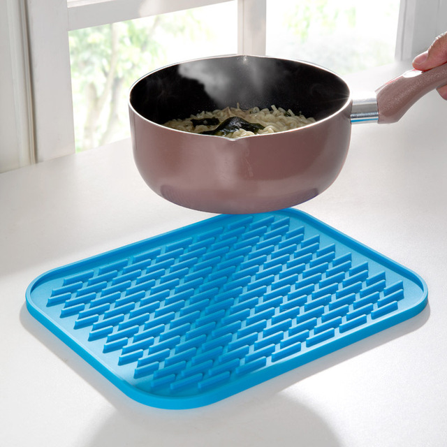 Great Blue Square Multi Use Durable Anti Hot Pot Mat Silicone Hot Pad Coaster  Holder