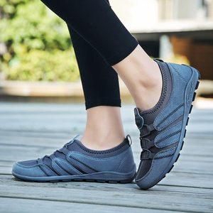 Image 3 - 夏通気性のスポーツスニーカー女性ランニングシューズ女性のスポーツの靴の女性のテニスファム黒トレーニングトレーナーobuv A 249