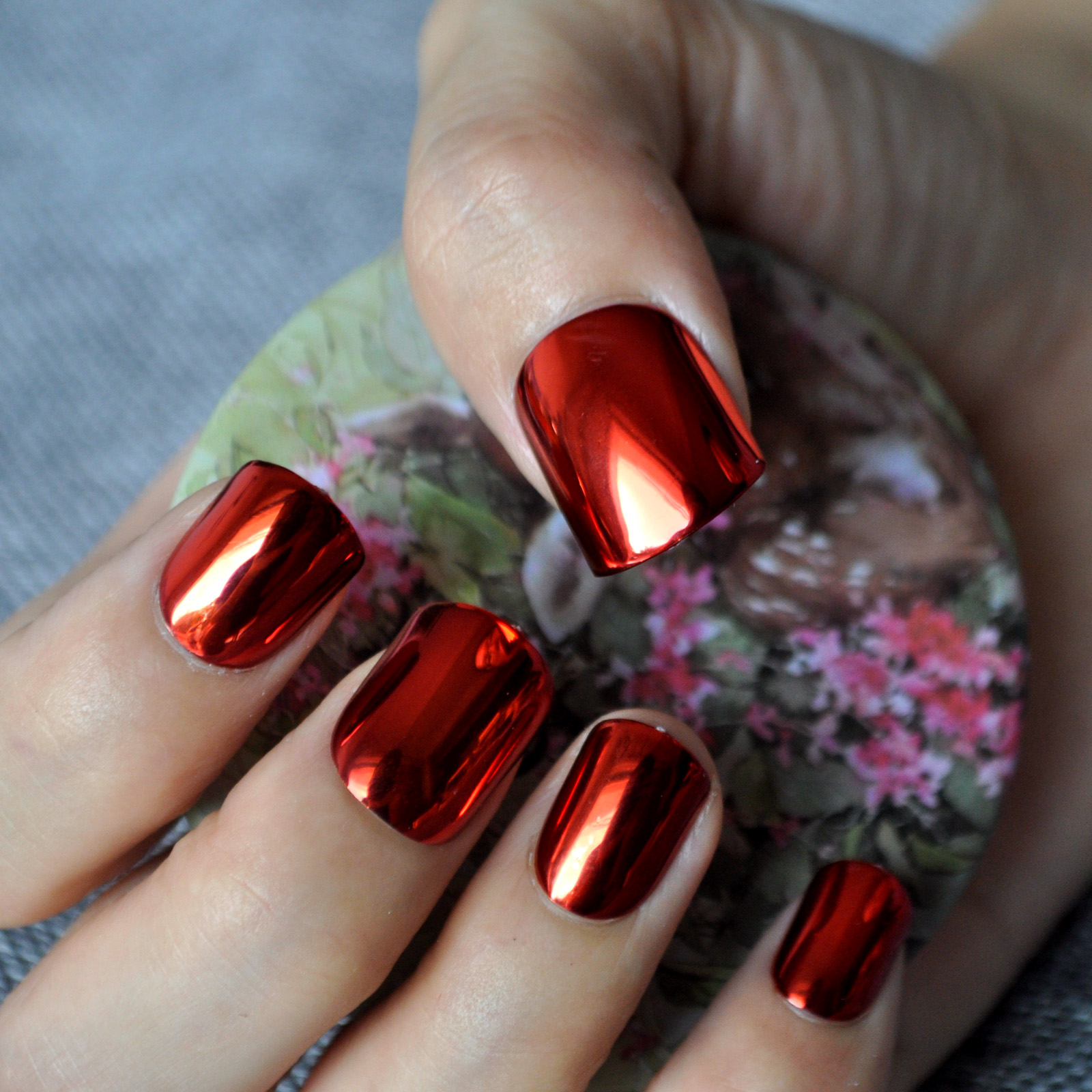 Christmas Diy Nail Ideas And More Of Our Manicures From: Metallic Sexy Red False Nail 24pcs Acrylic Nail Art False