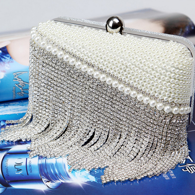 2016 the new Dinner Bag hand bag fashion desige hand lady pearl diamond chain bag evening bags