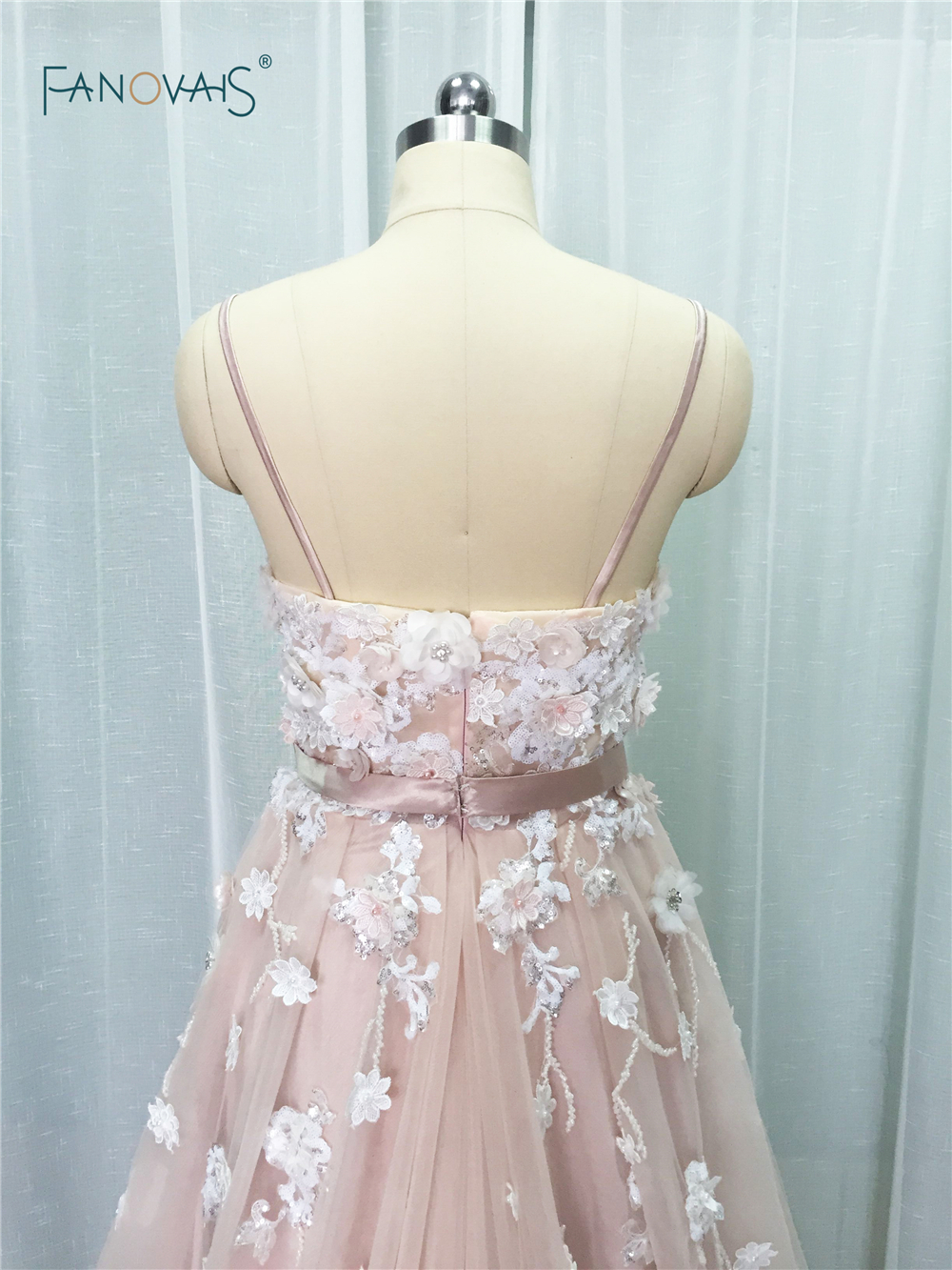 Image 4 - Sexy 2019 Blush Wedding Dresses with Crystal Spaghetti Straps Tulle Flower Wedding Gown Bridal Gown Vestido de Novia BT04blush wedding dresswedding dress with crystalswedding dress -
