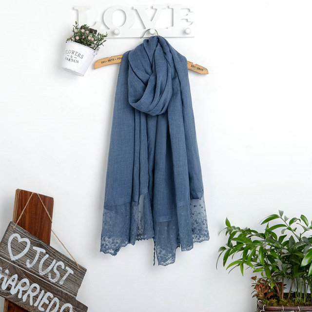 New Woman Soft Lace Solid Long Scarf Winter Cotton Geometric Pom pom Trim Scarves Girl Warm National Shawl Wrap