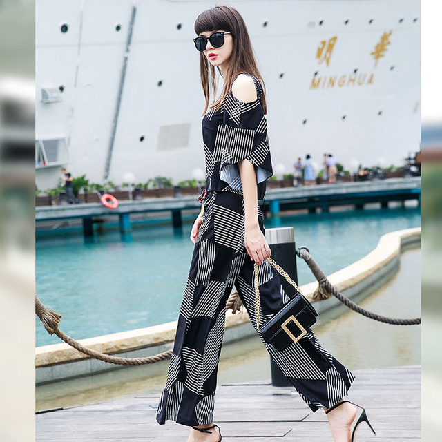 Fashion plaid printing spring summer women 39 s clothing strapless top high waist nine points wide leg pants fashion women suit in Women 39 s Sets from Women 39 s Clothing