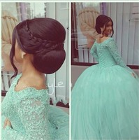 Vintage Mint Green Quinceanera Dresses For 15 Years Scoop Neck Appliques Lace Ball Gown Cheap Quinceanera Gowns Prom Dresses