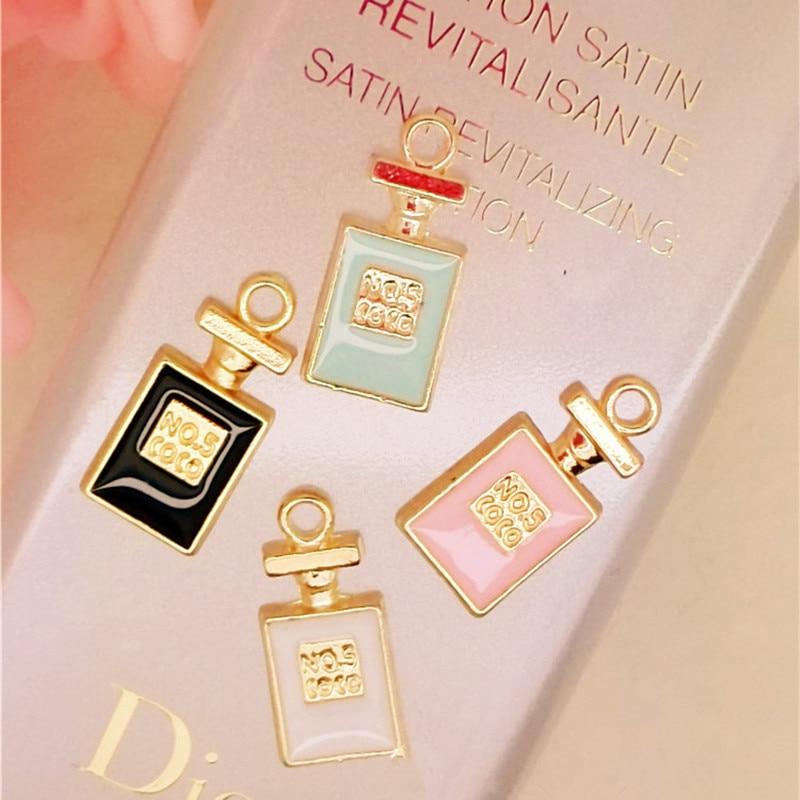МРХУАНГ 10пцс / лот бочица парфема плутајући емајл чари Аллои привезак фит за огрлице наруквице ДИИ женски модни накит