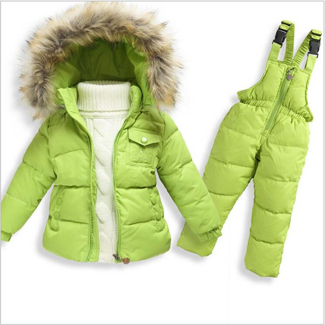 Traje para la nieve de Nueva Infantiles Niño Nieve del Invierno del Desgaste de La Muchacha Con Capucha Cuello de Piel Sintética Niñas Outwear Abajo Chaqueta Térmica Mono