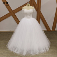 Luxury Pearls Ball Gown Wedding Dresses 2017 Custom Made Cap Sleeve Lace Up Back Puffy Wedding