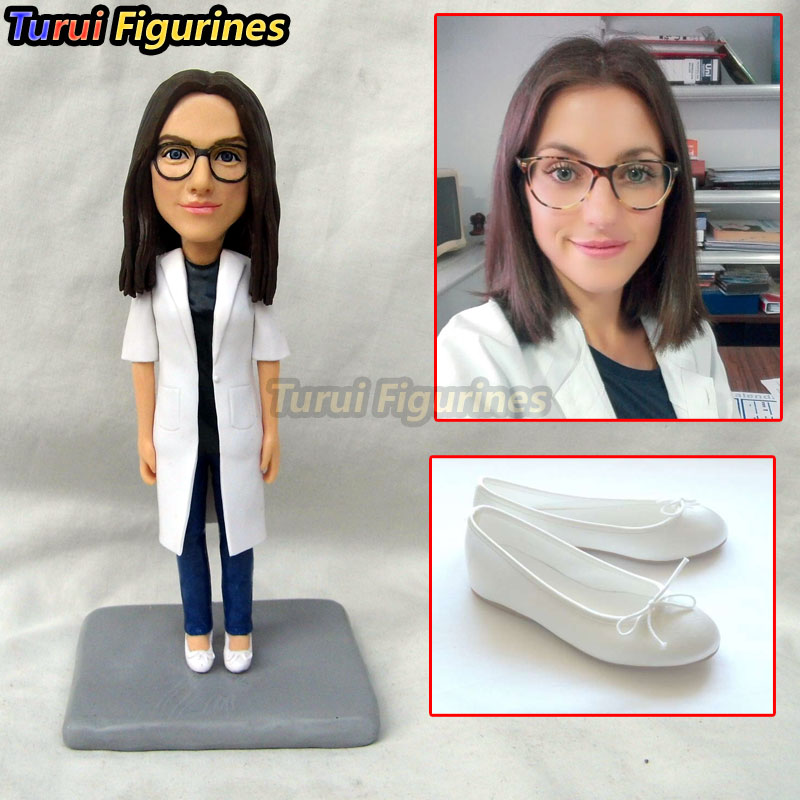 Nurse Doctor Figurine Topper Birthday Cake Top Dog Cat Human Face Bobblehead Doll Dungeons And Dragons Figurines Statue In Party Favors From Home