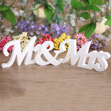 New Fashion Mr & Mrs Wedding Reception Sign Solid Wooden Letters Table Top Centrepiece Decor