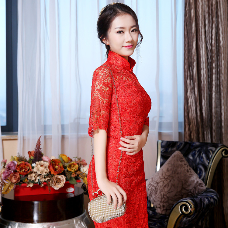 0b070988d Qipao Red Lace Cheongsam Women Chinese Traditional Dress Female Wedding  Dress Vestido Oriental Qipao Evening Party Dress 89-in Cheongsams from  Novelty ...