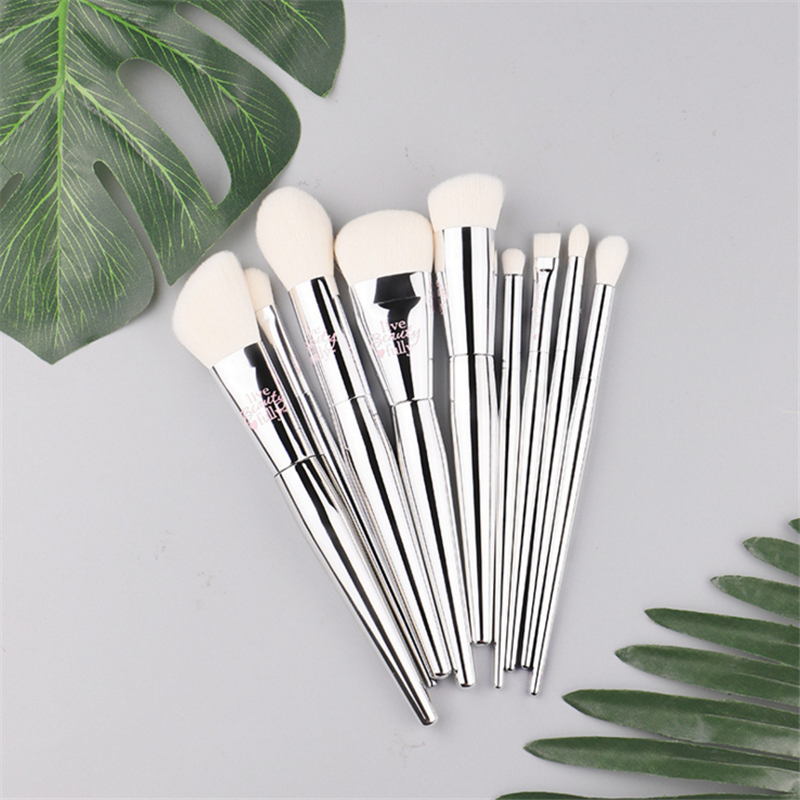 Profesjonell 8 / 9pcs Makeup Brush Set Live Beauty Fullt Sølv IT Kosmetisk Pensel Kit Med Veske Face Eyes Makeup Collection