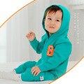 Nueva Llegada del Recién Nacido Ropa Remata calidad de Algodón Largas Bebés Mamelucos Encapuchados Bebé Onesie Precioso Impresión de la Letra de Ropa de Bebé Niña