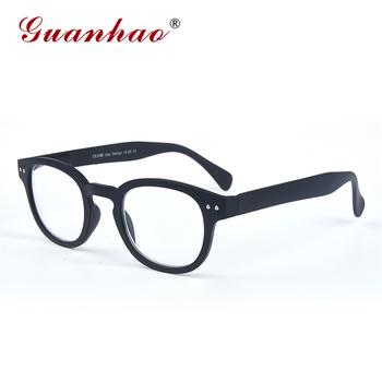 Guanhao klasyczne czarne oprawki w stylu Retro wiosenne okulary do czytania okrągłe okulary do czytania mężczyzna kobiet Unisex dioptrii okulary do czytania tanie i dobre opinie Lustro WOMEN Jasne Z poliwęglanu Z tworzywa sztucznego 3 8cm 4 6cm P304