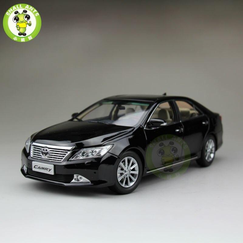 Oyuncaklar ve Hobi Ürünleri'ten Pres Döküm ve Oyuncak Araçlar'de 1:18 Camry 2012 pres döküm model araç siyah'da  Grup 1