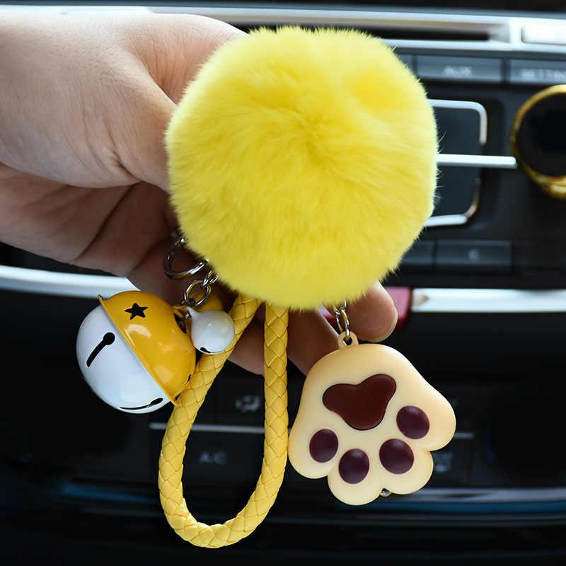 Bola de Pêlo de Coelho fofo Pom Pom Keychain Corda de Couro Sino LED Garra gato Chaveiro Mulheres Saco Pompons De Peles Carro Chave Pingente Charme cadeia