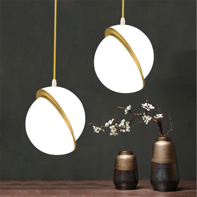 Nordic Creative Gold Ball Chandelier Lights Round Acrylic Moon Pendant Lamps Lustre For Home Deco Led Suspension Light Fixtures led gold deco chandelier bulbs candle light e14 85 265v 5w lamps