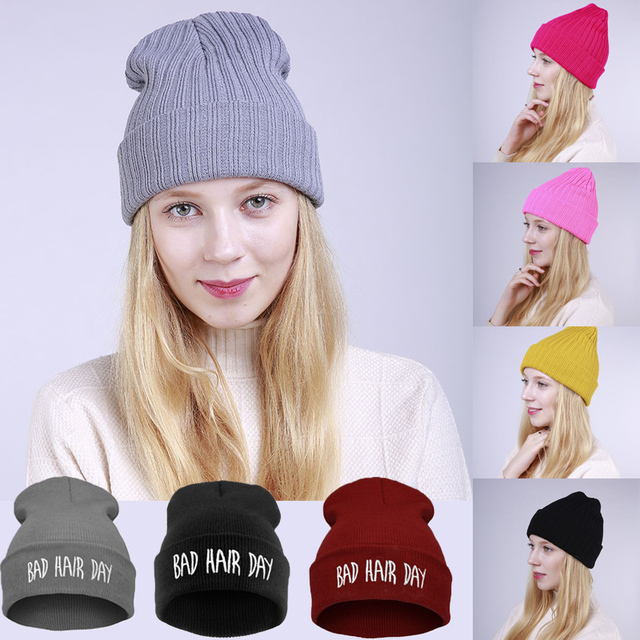 Friso Da Tampa das Mulheres Chapéu do inverno Com Letras de Malha Gorros  Unisex Inverno Caps 97a951eb447