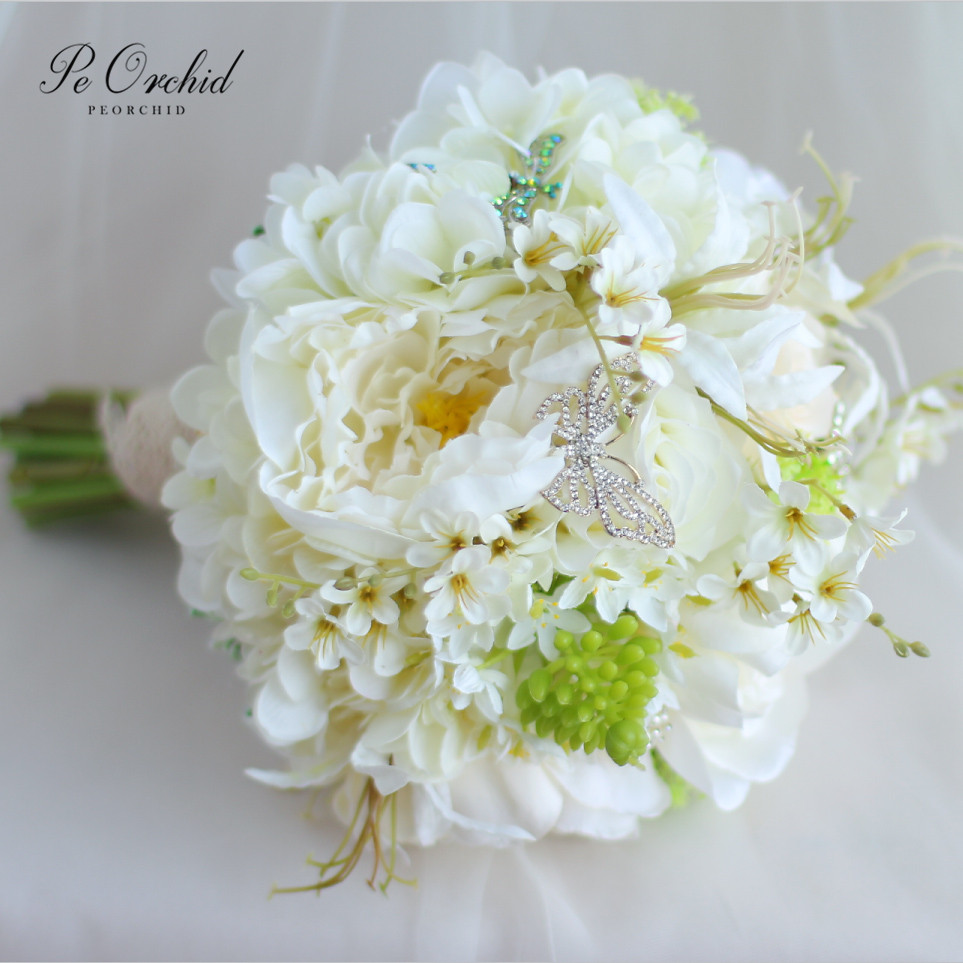 PEORCHID White Green Butterfly Wedding Bride Bouquet Flowers Rose Hydrangea Bridal Brooch Bouquet Pearls Buque Noiva Artificial