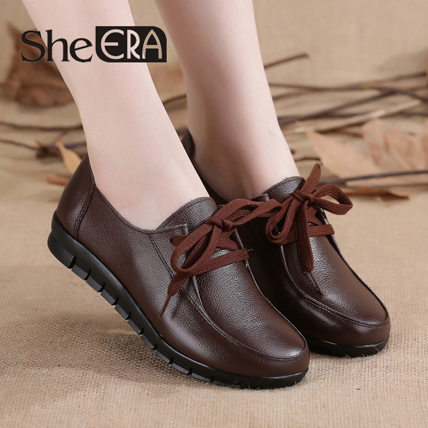 She ERA 2018 Spring Women Flats Oxford Shoes Soft Genuine Leather Ladies Lace up Brand Red Black Brown Women Loafers Flats Shoes